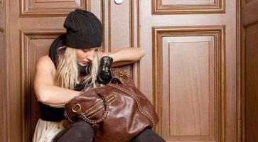 Tür zugefallen? Ausgesperrt? Wir helfen Ihnen
